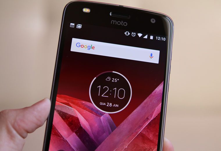 Tela do Motorola Moto Z2 Play - Review / Mobizoo