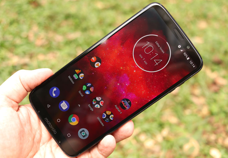 Motorola Moto Z3 Play: tela - Review / Mobizoo
