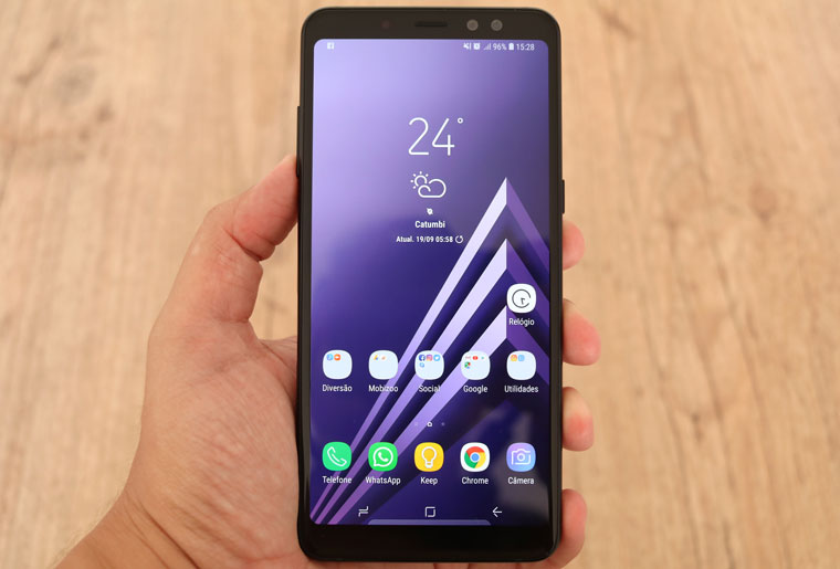 Samsung Galaxy A8 Plus: tela - Review / Mobizoo