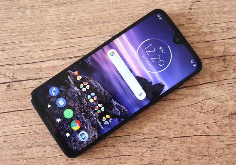 Motorola Moto G7 Plus: tela - Review / Mobizoo